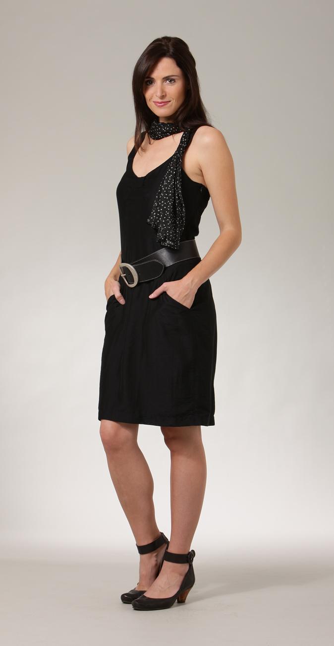 pantalons robes jupes chemises vestes ma mah pr t porter femme chic. Black Bedroom Furniture Sets. Home Design Ideas